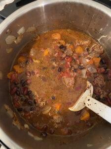 instant pot chili thesimplelove.com